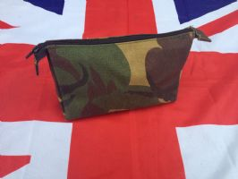 CAMO WASH / STASH BAG